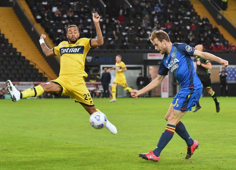 Schalke holt niederländischen Linksverteidiger Ouwejan
