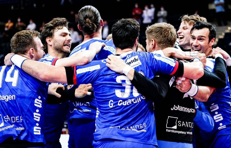 Lemgo demütigt Favorit THW Kiel im Finale gegen Melsungen