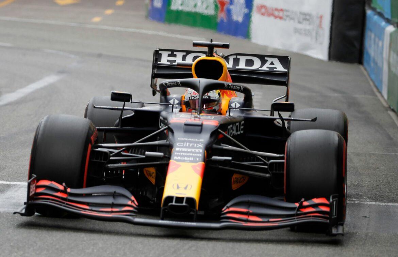 Hamilton im Training weit hinter Verstappen – Perez vorn