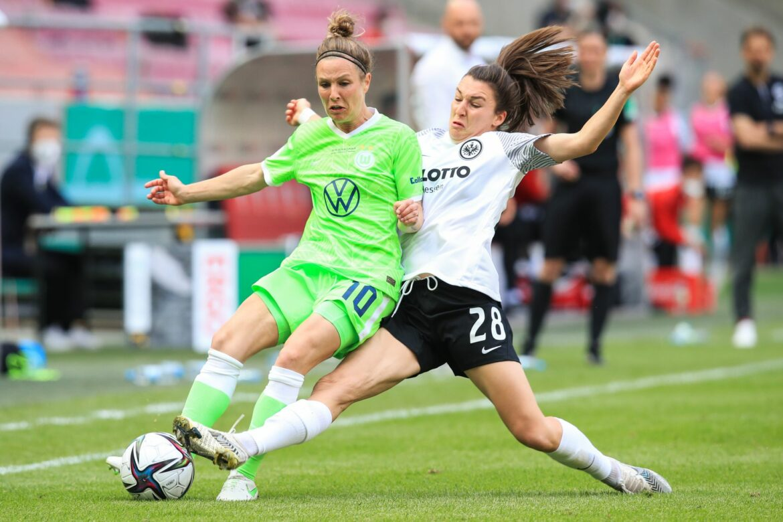 Nationalstürmerin Svenja Huth verlängert beim VfL Wolfsburg