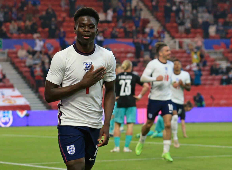 Englands Fußballer wollen auch bei EM knien