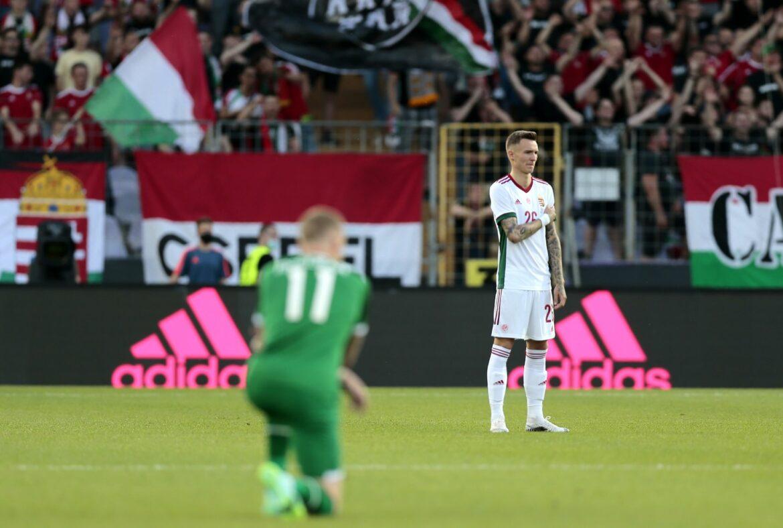 Unverständnis über buhende Ungarns-Fans wegen kniender Iren