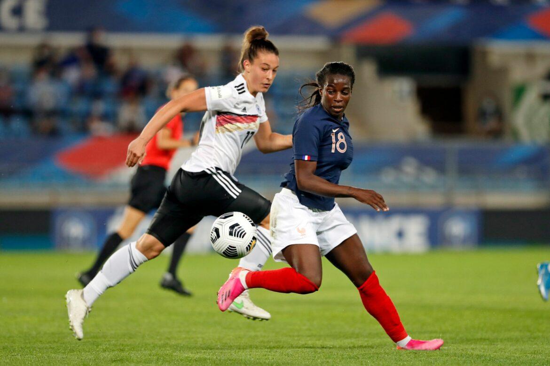 Niederlage in Frankreich: DFB-Frauen unterliegen knapp