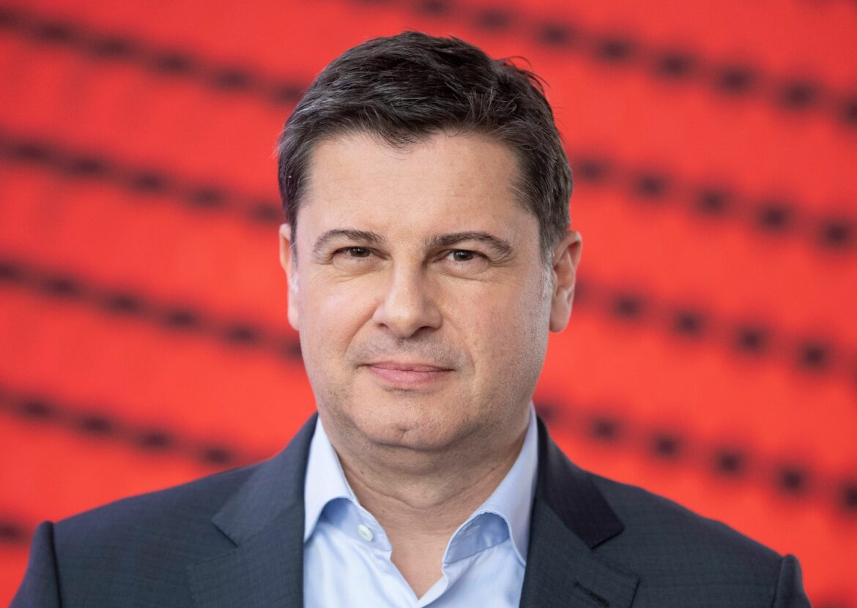 DFL-Boss Seifert: Fans schrittweise zurück in Stadien