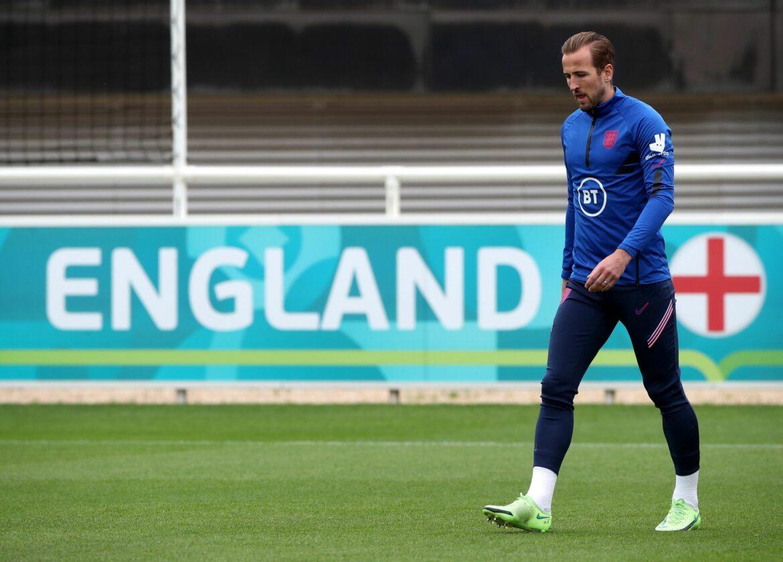 Kane blendet Wechsel-Gerüchte – In Topform gegen DFB-Elf