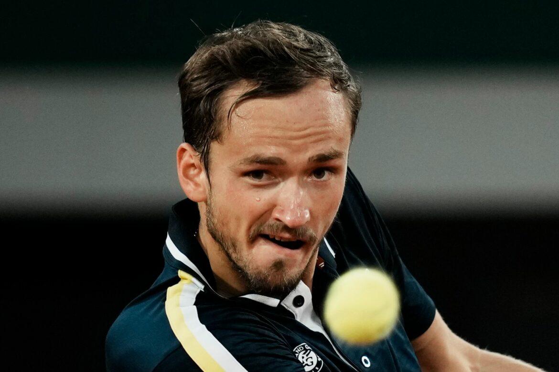 Medwedew vor Wimbledon-Start gegen Struff: Schweres Los