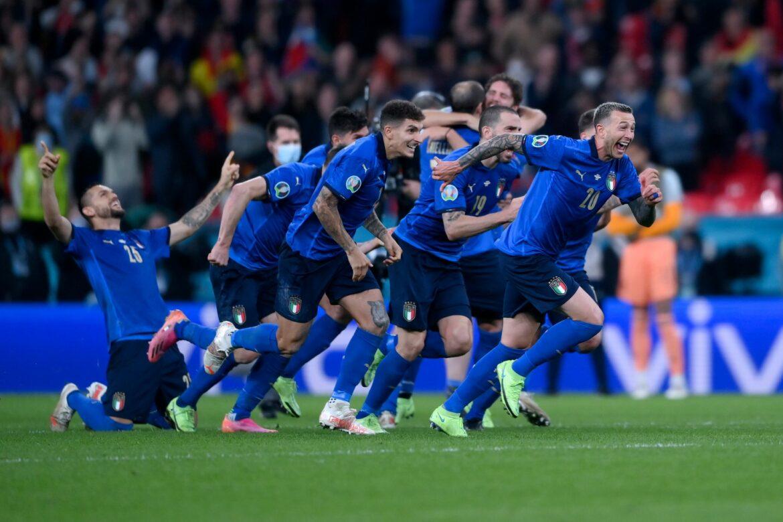Italien lebt «azurblaues Märchen» – Spanien trotz K.o. stolz