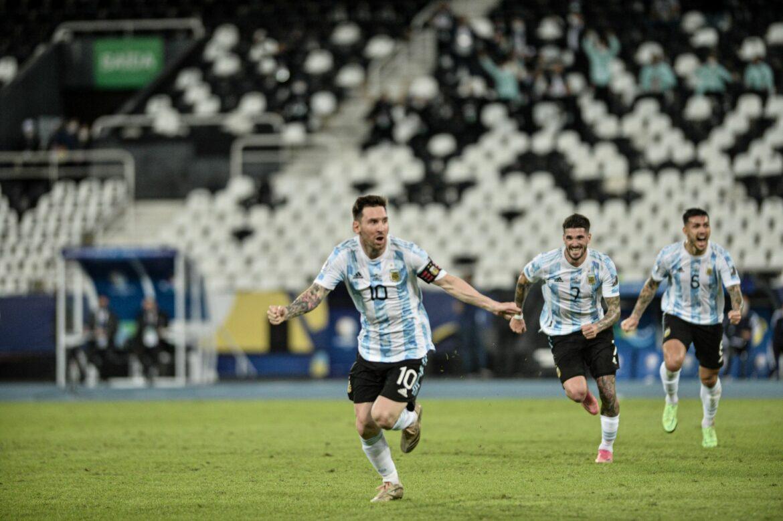 Kampf der Giganten: Copa-Finale mit Messi und Neymar