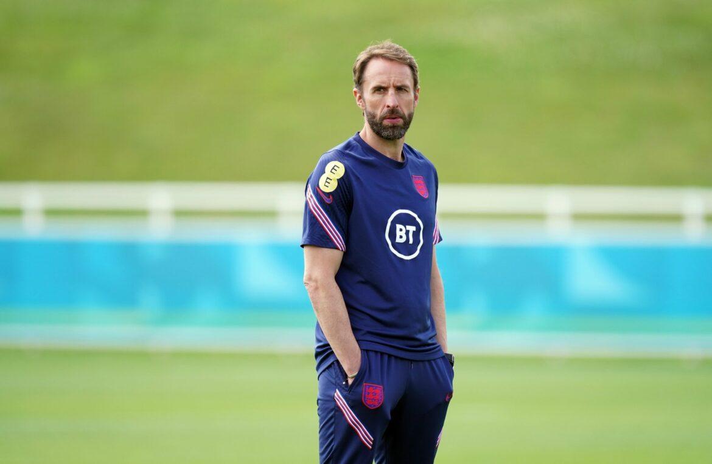 England-Trainer Gareth Southgate dankt Fans vor dem Finale