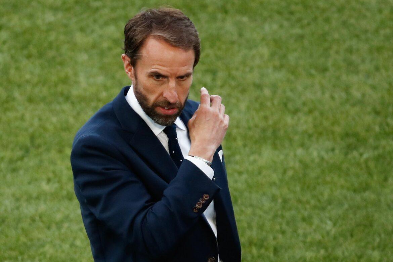 England stellt auf Dreierkette um – Italien unverändert
