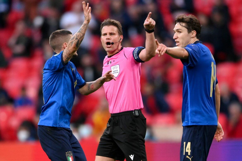Schiedsrichter Brych will internationale Karriere beenden