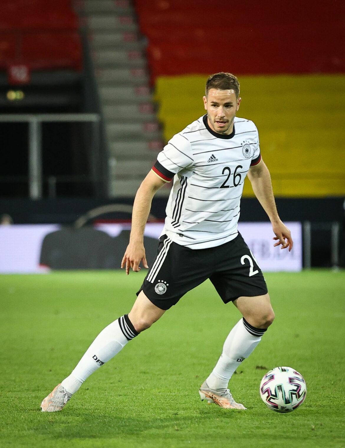 Nationalspieler Günter verteidigt Löws EM-Taktik