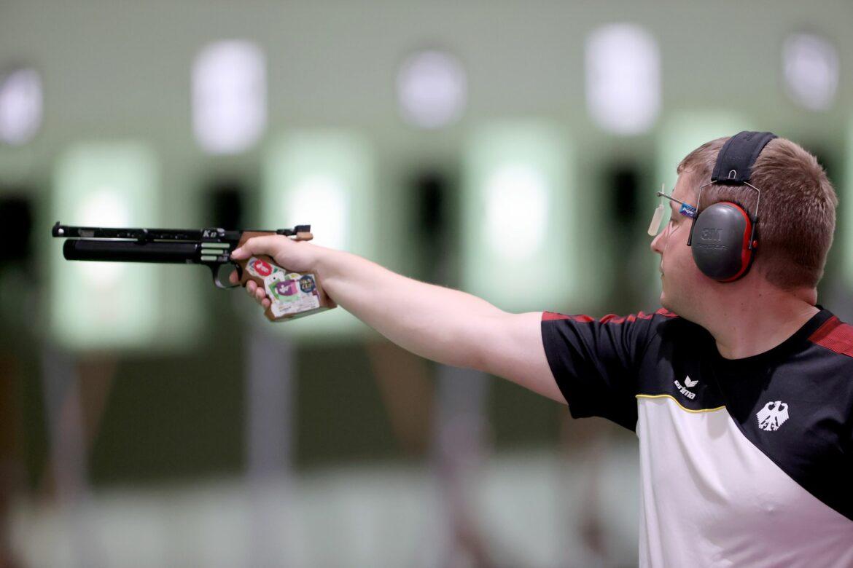 Rio-Olympiasieger Reitz erreicht Finale mit der Luftpistole