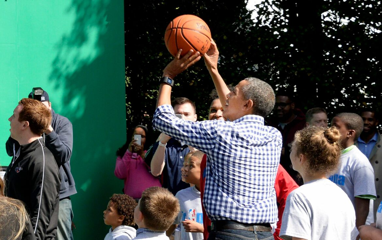 Ehemaliger US-Präsident Obama unterstützt NBA in Afrika