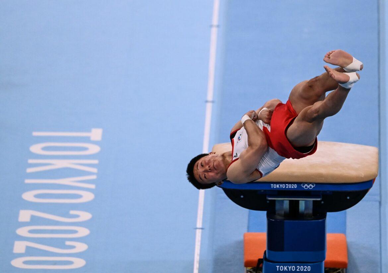 Südkoreanischer Turner Shin Olympiasieger im Sprung