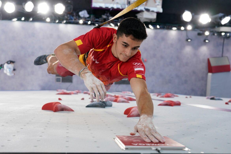 Spanier Gines Lopez gewinnt Gold bei Kletter-Premiere