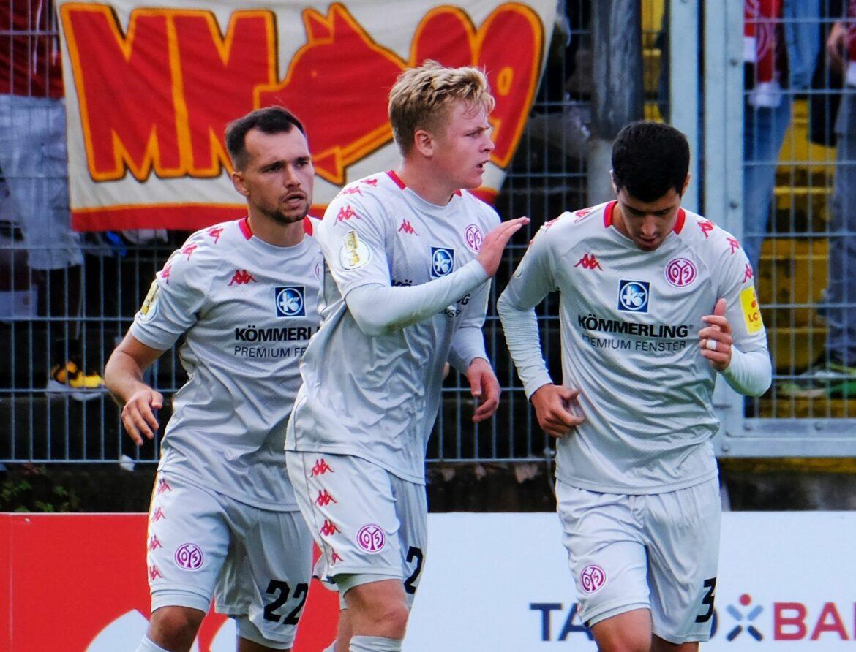 16. Elfmeter entscheidet: Mainz wendet K.o. in Elversberg ab