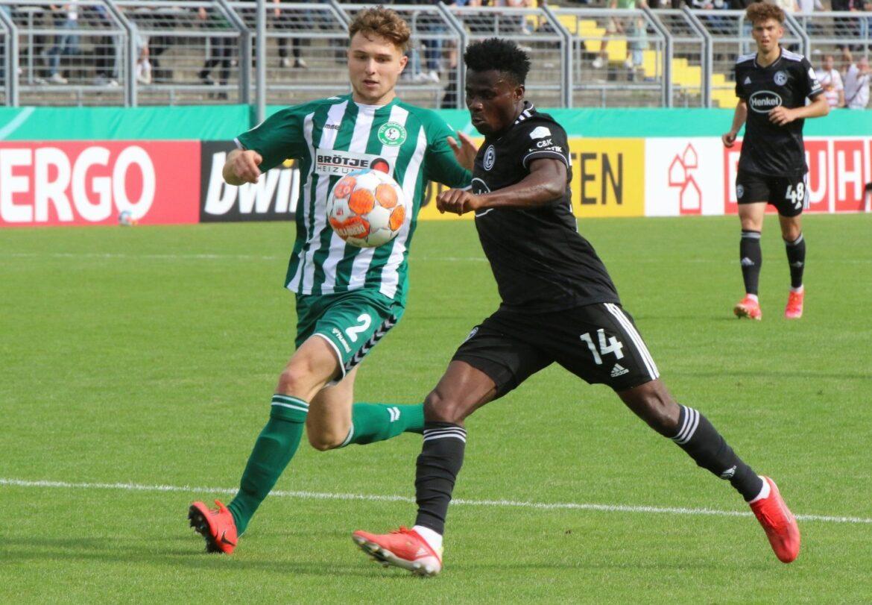 Düsseldorf erreicht souverän 2. Runde: 5:0 in Oldenburg