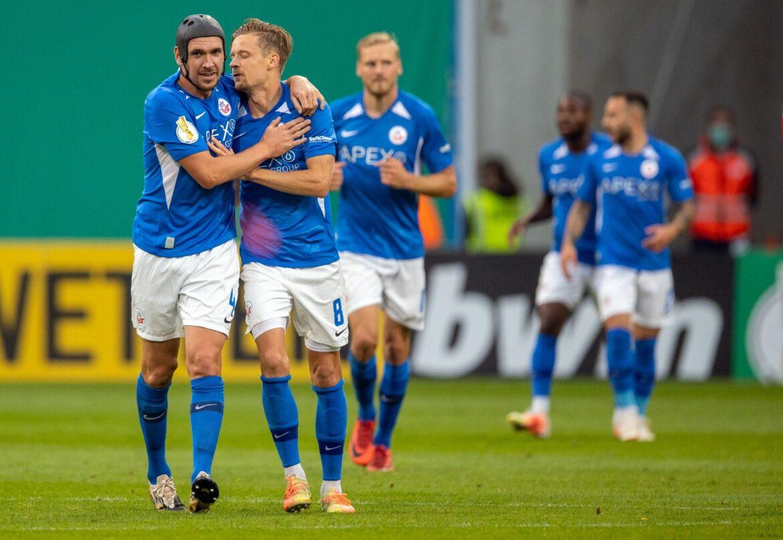 Hansa Rostock nach 3:2 gegen Heidenheim in zweiter Runde