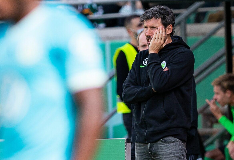 Ex-Manager Pander rechnet mit Wolfsburger Pokal-Ausschluss