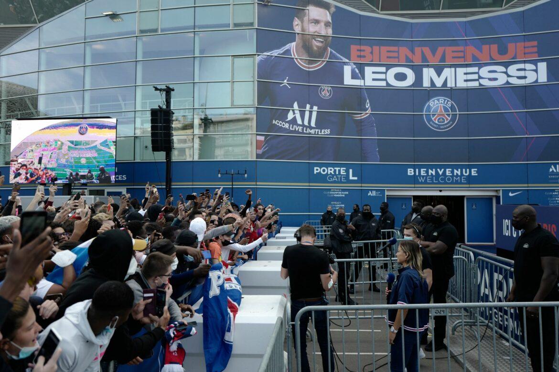 Internationale Pressestimmen zum Wechsel von Lionel Messi