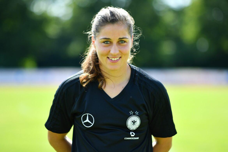 NachSchult-Verletzung: Wolfsburg holt Torhüterin Weiß