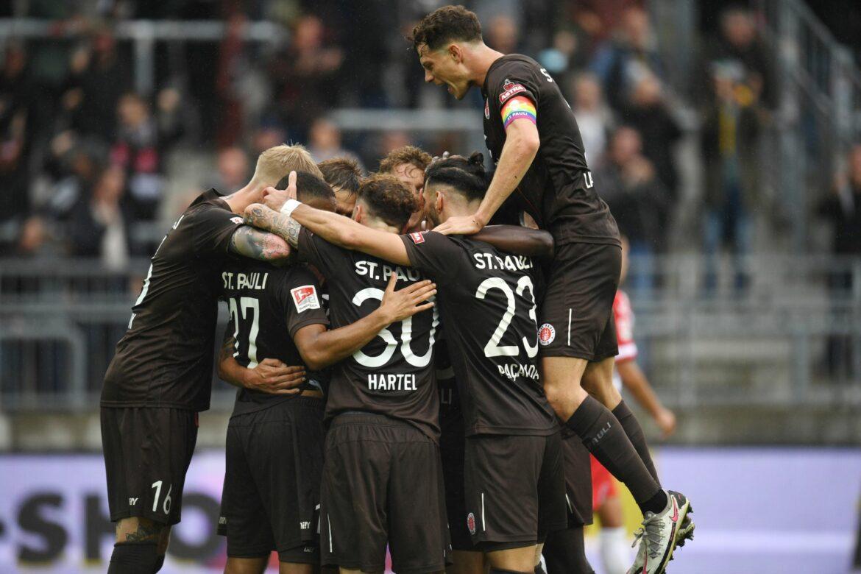 St. Pauli beendet Siegesserie von Spitzenreiter Regensburg