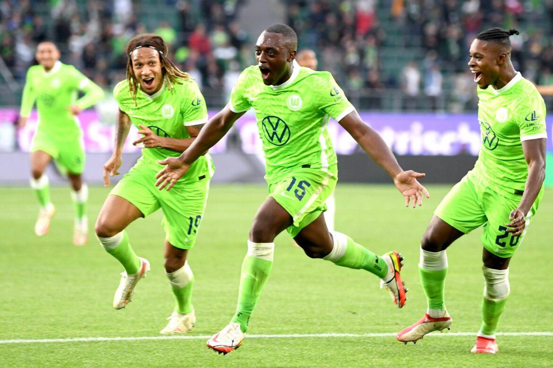 Roussillon schießt Wolfsburg zurück auf Platz eins