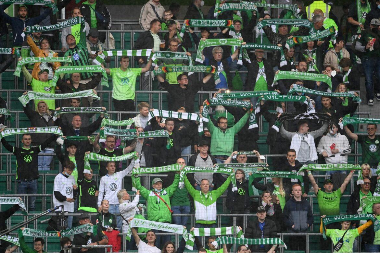 Umstellung auf 2G: Wolfsburg ändert Zugangsregeln