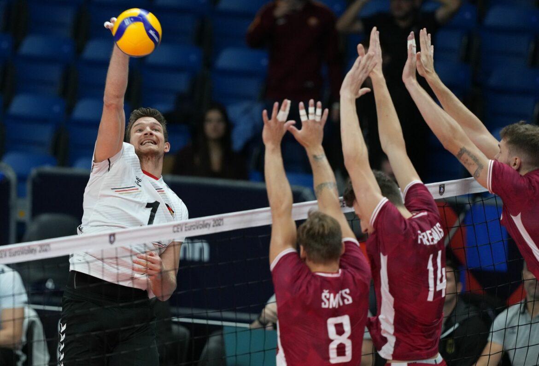 Deutsche Volleyballer erreichen vorzeitig EM-Achtelfinale