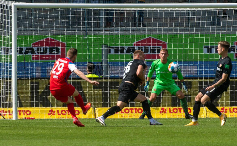 Niederlage in Heidenheim: Dynamo rutscht auf vierten Platz