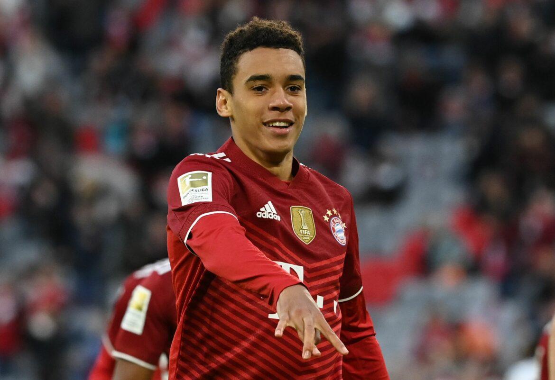 Süle ersetzt Hernandez in Bayern-Abwehr – Musiala für Gnabry