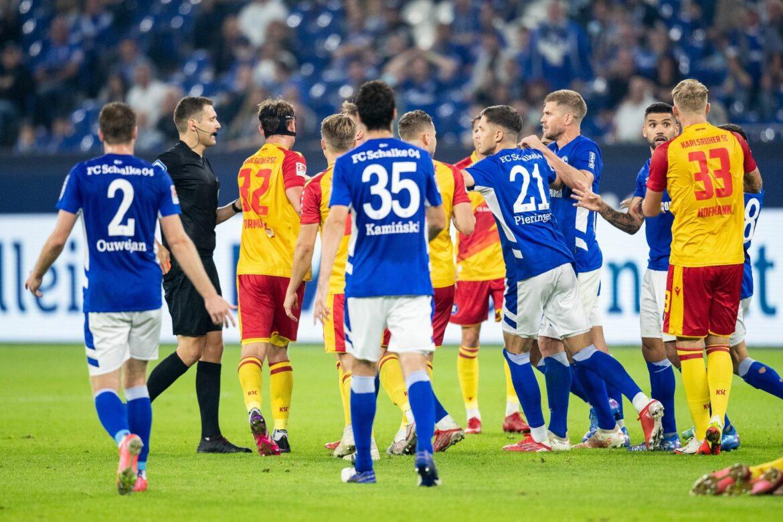 Schalke verliert nach Fährmann-Patzer – Nürnberg mit Joker