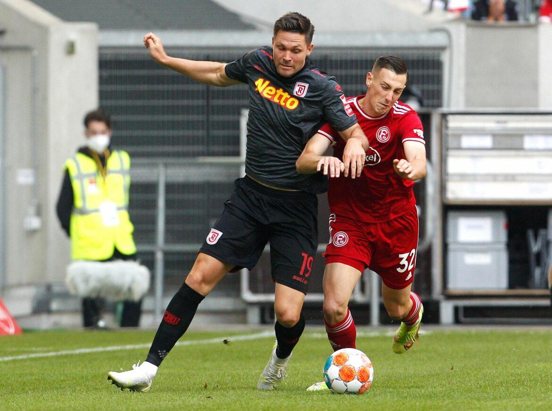 Düsseldorf trotzt Tabellenführer Regensburg einen Punkt ab