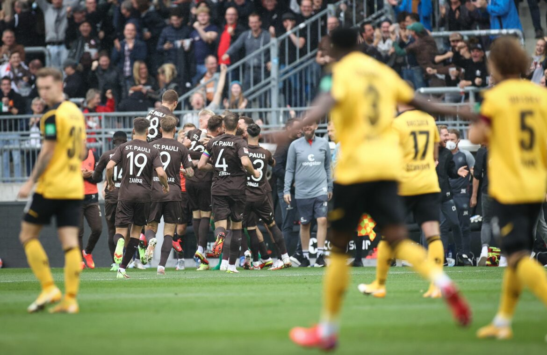 Nach Vereinsstartrekord: FC St. Pauli nun Erster