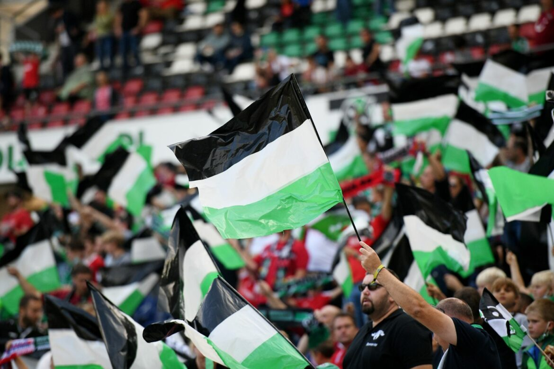 Hannover 96 hofft gegen Schalke auf 49.000 Fans
