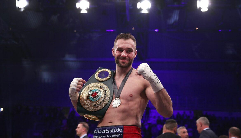 Wieder Weltmeister: Bösel siegt im Box-Krimi gegen Krasniqi
