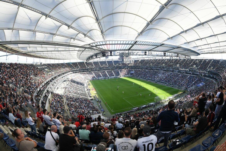 Eintracht darf gegen RB Leipzig das Stadion komplett füllen